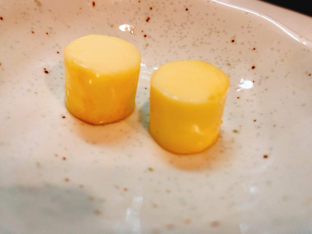 試しにベビーチーズを燻製しました。