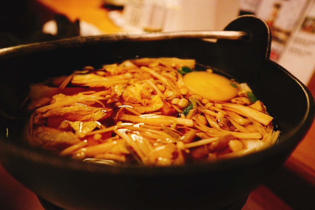 鍋(きのこ鍋)
