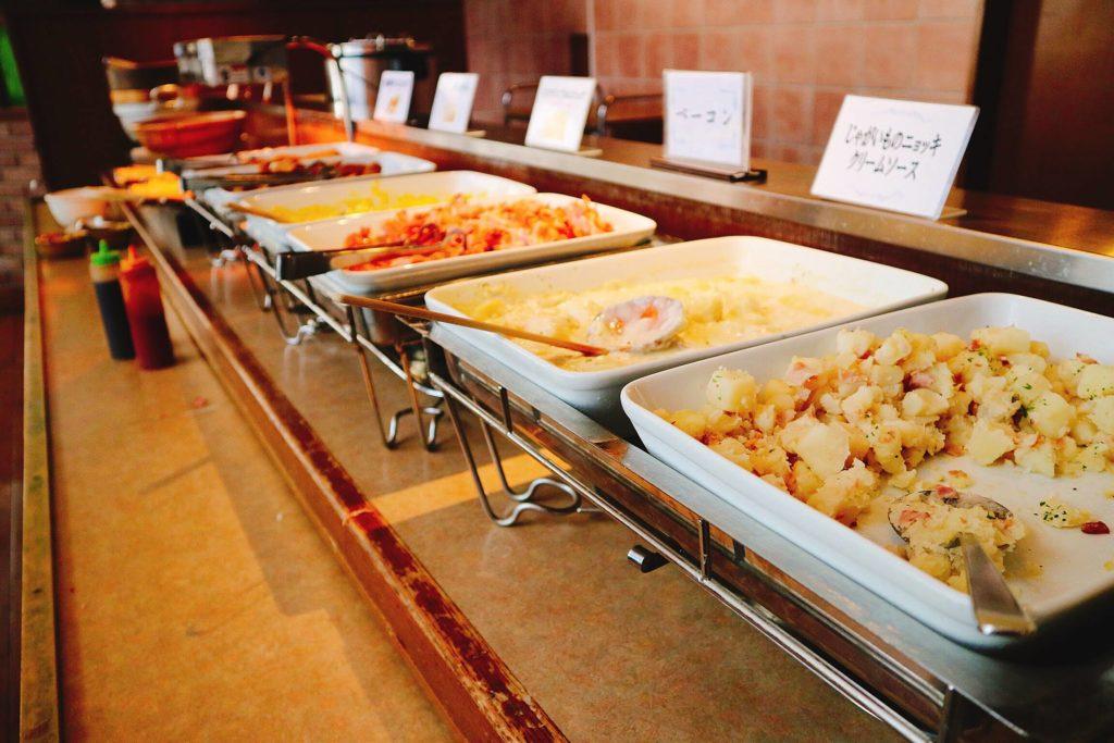和食、洋食の両方が用意されていました。